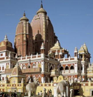 Jorge V de Inglaterra funda la ciudad de Nueva Delhi un 12 de diciembre de 1911