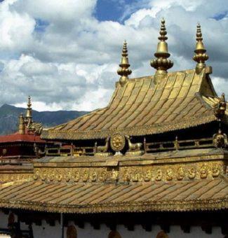 Incendio destruye el templo tibetano Jokhang en Lhassa